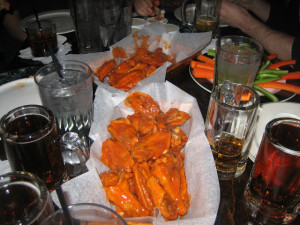 Wing_Off_7_NYC_Best_hot_wings_old_town_tavern_wogies_120708_016
