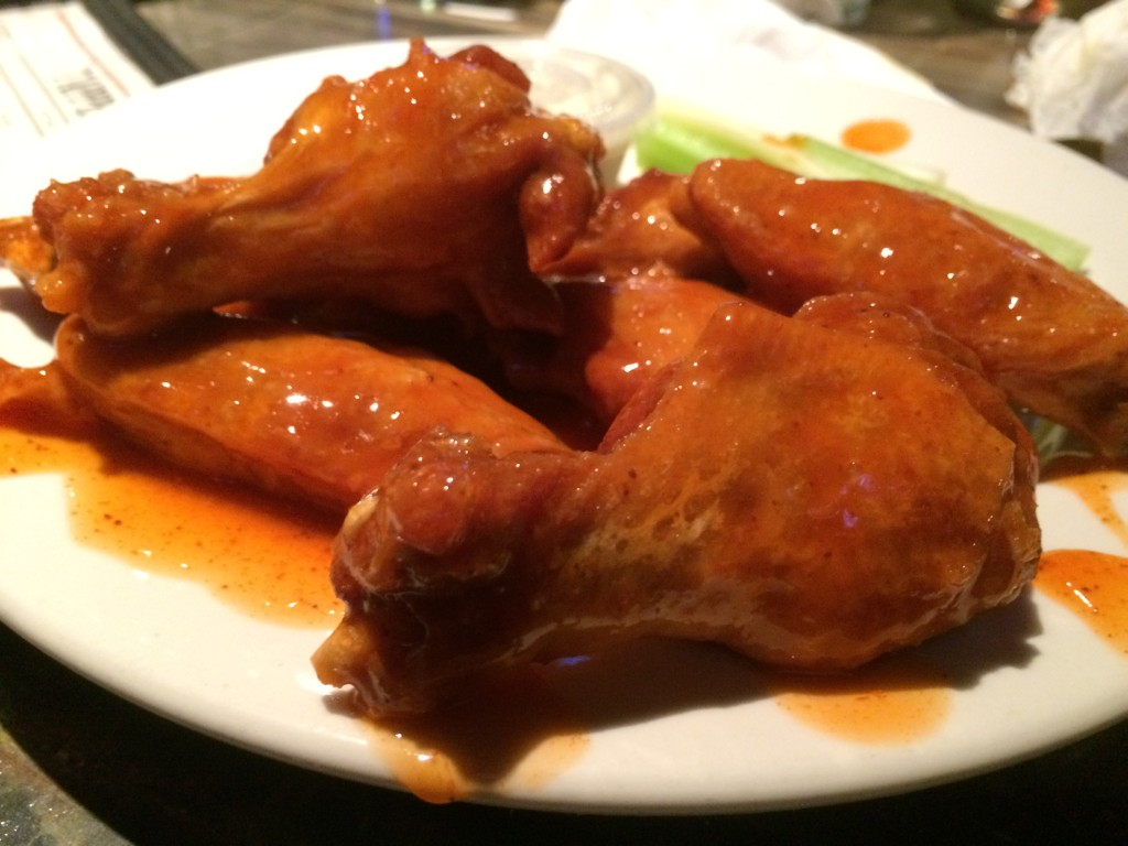 wing-off-24-chubbys-bridgeport-dew-drop-inn-derby-ct-colony-grill-hot-wings-pizza-20150125_215923510_iOS